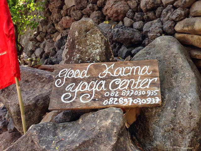 ★【Amed GOOD KARMA】〜コロッケと(仮称)洞窟ヨガセンターと(建設中)夕焼け鑑賞センター〜アメッドのグッドカルマに 泊ま ったのさ。その②【BALI YOGA】