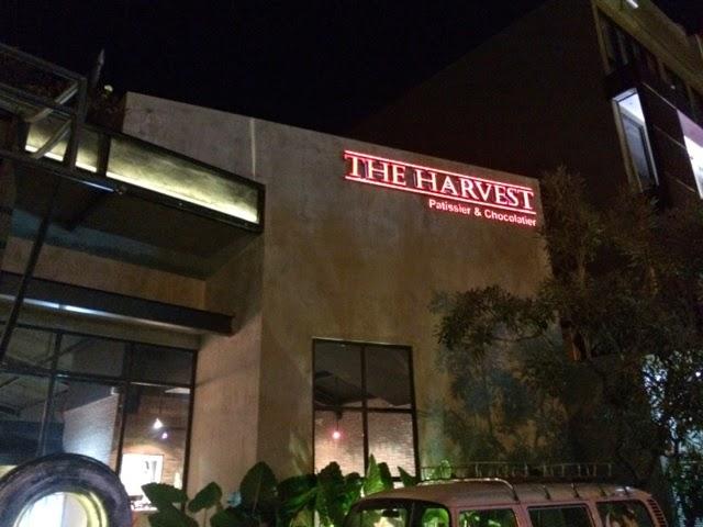 ★【THE HARVEST】夕陽通りにクロナッツを収穫しに行ったのさ。【バリ スイーツ】