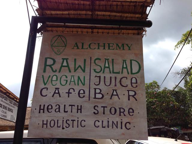 ★【バリ島うまい店】【UBUD Cafe】ALCHEY〜毎日野菜祭開催中〜に行ったのさ。【 ウブド アルケミー】
